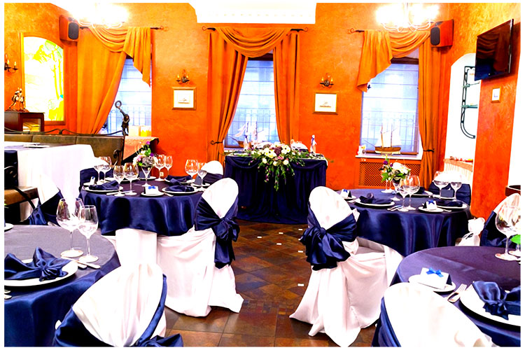 Декор бело-синей свадьбы