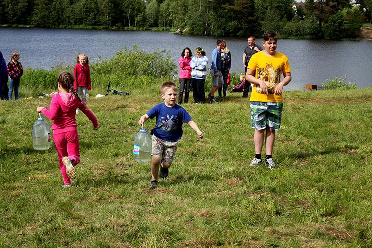 Детский конкурс с водой