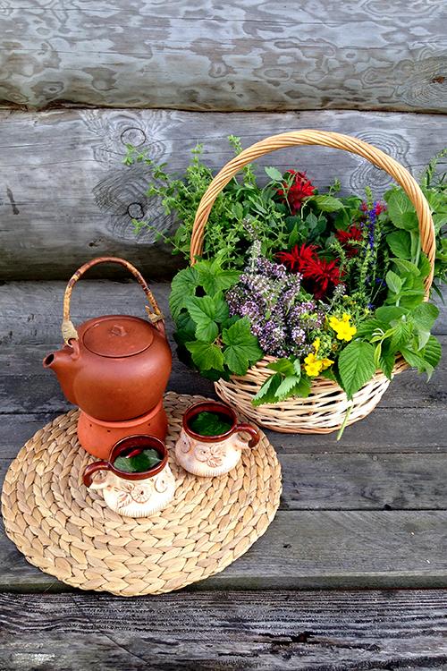 Чай с ароматными травами