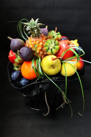 Букет с фруктами и ананасом-мини