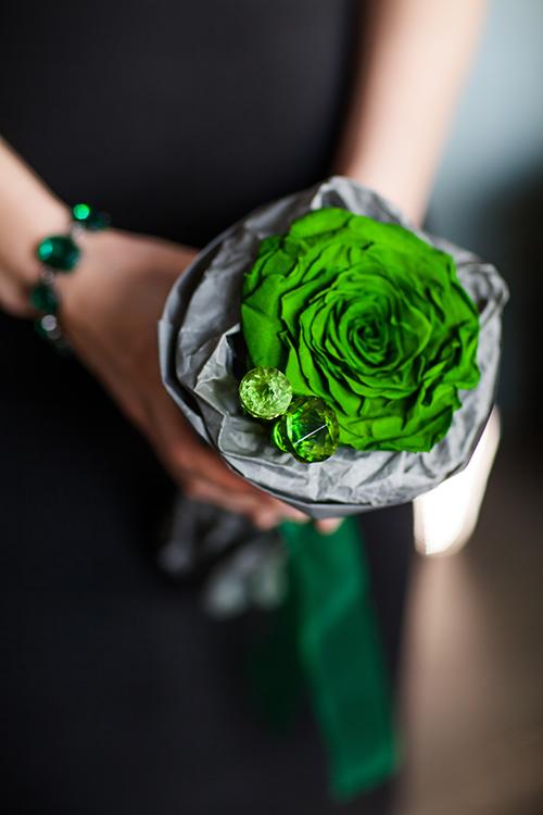 Драгоценная стабилизированная роза