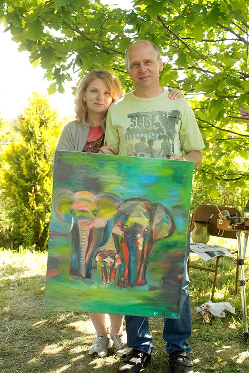 Готовая семейная картина со слонами
