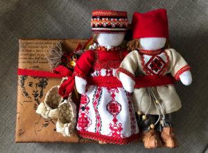 Подарок с русскими сувенирами куклы