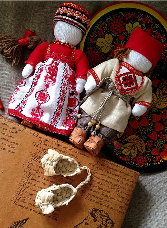 Текстильные куклы в русском стиле в лаптях