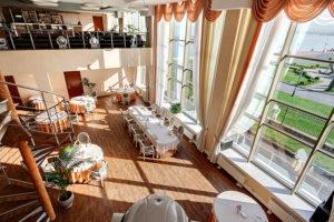 Ресторан Яхт клуб вид зала сверху