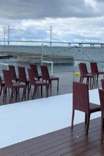 Ресторан «Паруса» на Петровской косе.