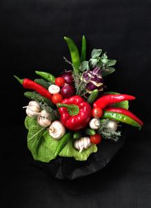 Букет из овощей с кольраби.