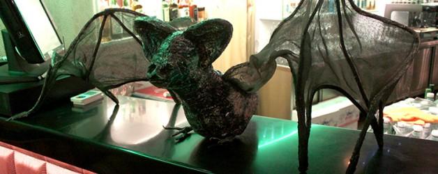 Летучая мышь для Хеллоуина