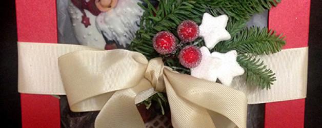 Подарочная коробка с новогодним печеньем Гном