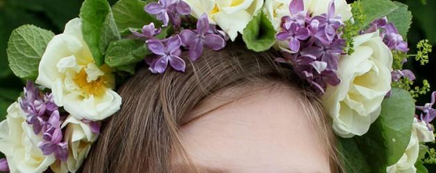 Венок из живых цветов на свадьбу и фотосессию.