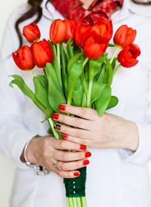 Букет из красных тюльпанов.