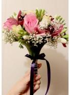 Букет невесты с розами и орхидеями