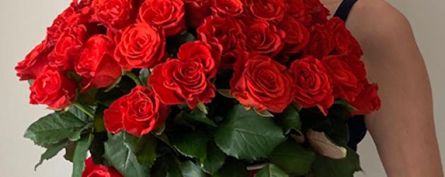 75 алых роз El Toro в коробке