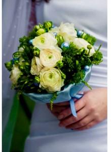 Букет невесты с ранункулюсами